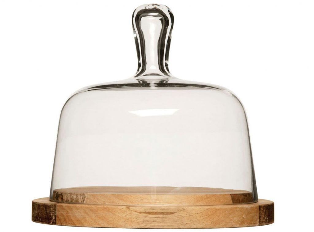 doska na syr so skleneným zvonom
