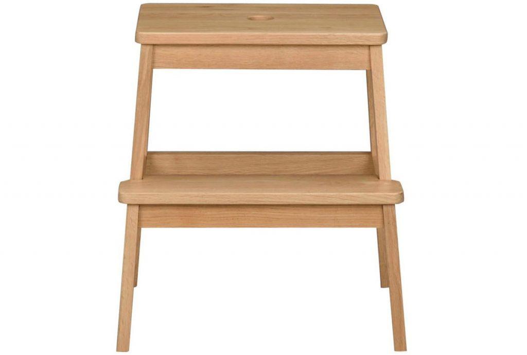drevené príručné schodíky
