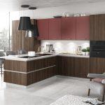 kuchyňa v zamatovo matnom laku vo farbe marsala