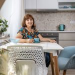 Majiteľka a autorka bytu v stredomorskom a škandinávskom štýle
