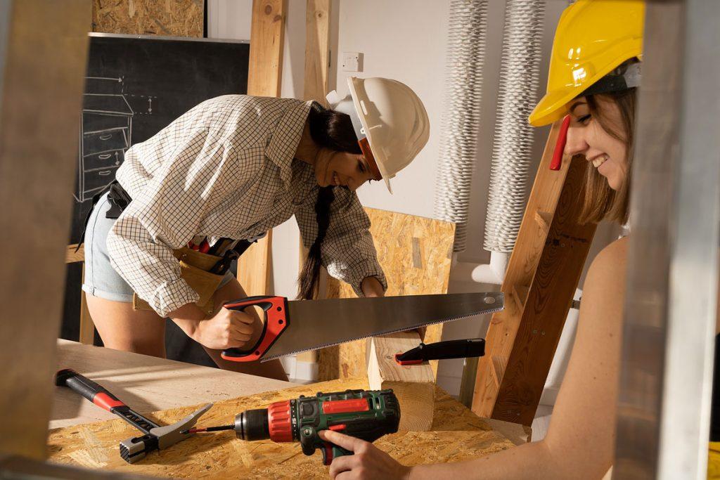 Využitie OSB dosiek pri stavbe domu či v interiéri