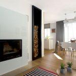 jedáleň s obývačkou v staršom rodinnom dome s kozubom s obkladom z bieleho skla pre lepšie čistenie