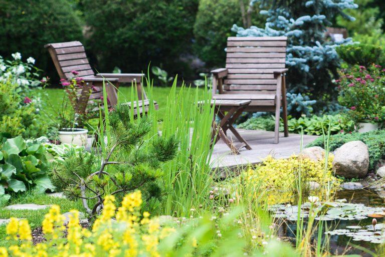 11 pravidiel, ako si zveľadiť malý priestor záhrady