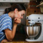 Herečka Mária Bartalos vo svojej kuchyni