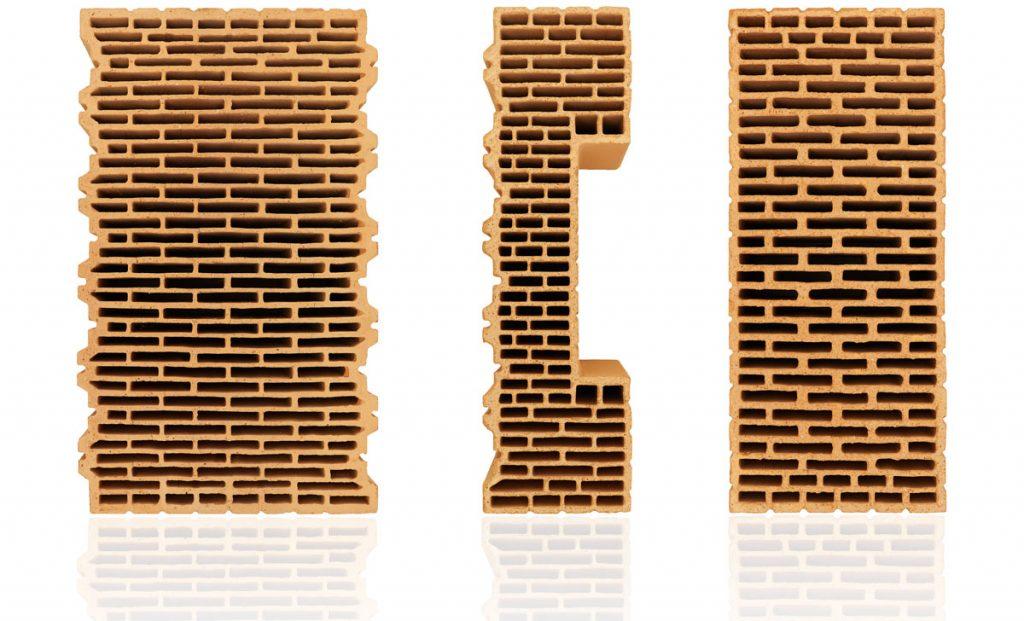 Jednovrstvová tehlová obvodová stena postavená z tehál Porotherm 44 EKO+