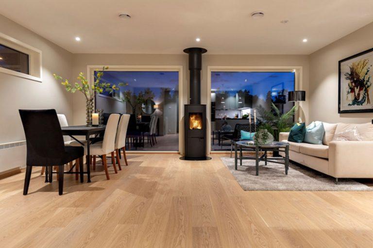 Aj v modernom tesnom dome si môžete užiť teplo …