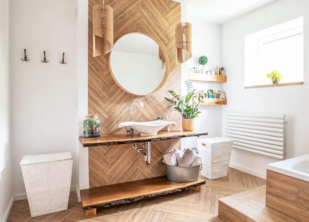 plnospektrálne osvetlenie: Prirodzené denné svetlo v kúpeľni
