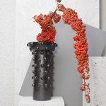 Keramická váza Erebus z kolekcie Ancient memories od Lindy Vikovej