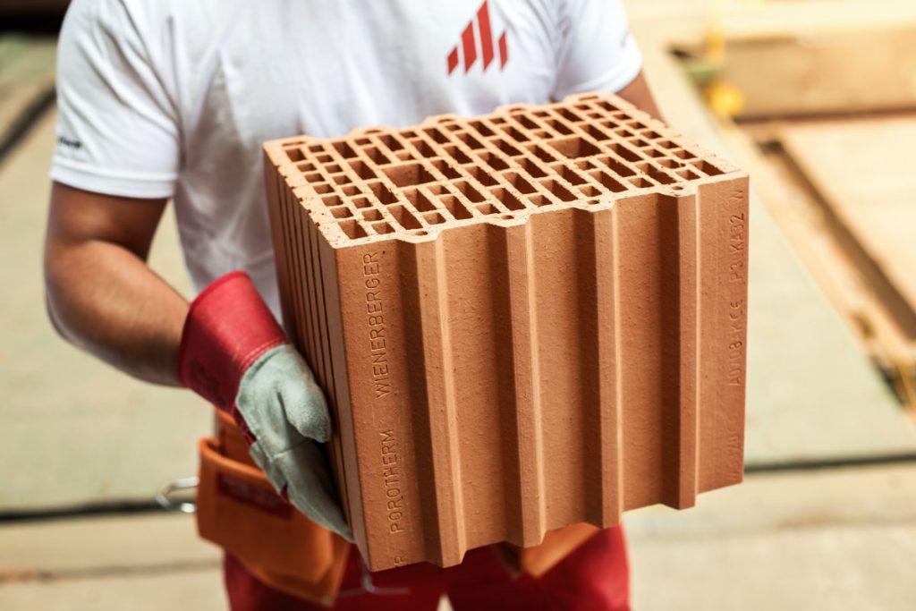 Akcia Wienerberger na stavebný tehlový systém Porotherm