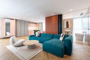 Vyladený apartmán! Pastelové farby, terazzo a výhľad z vane priamo na televíziu