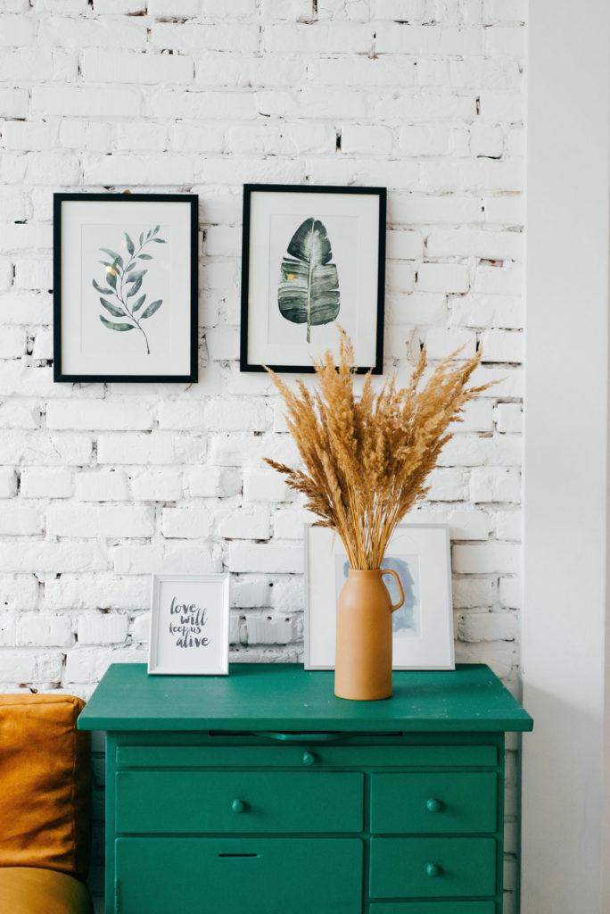 minimalizmus v interiéri - jednoduché dekorácie