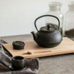 ručne vyrobený drevený podnos inšpirovaný japonským dizajnom