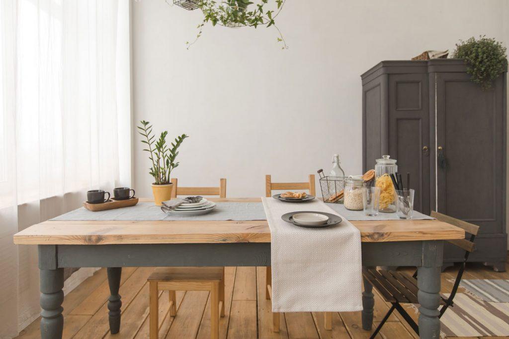 Premena jedálne na počkanie alebo Ako na to, keď nechcete kupovať nábytky ani maľovať