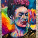 maľovaný portrét Fridy Kahlo na plátno