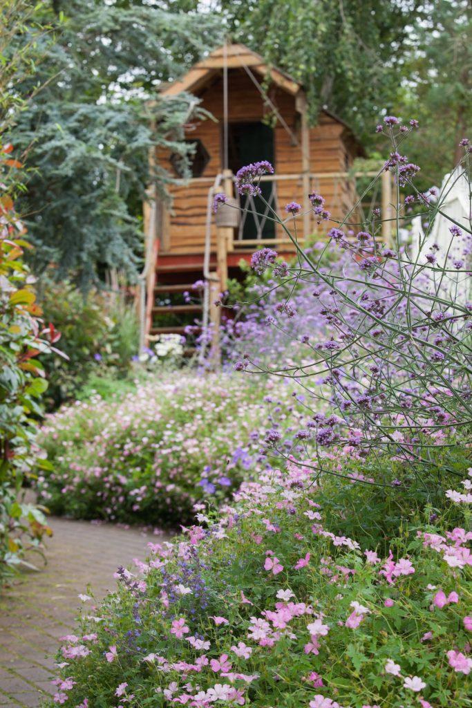 záhrada s domčekom na strome