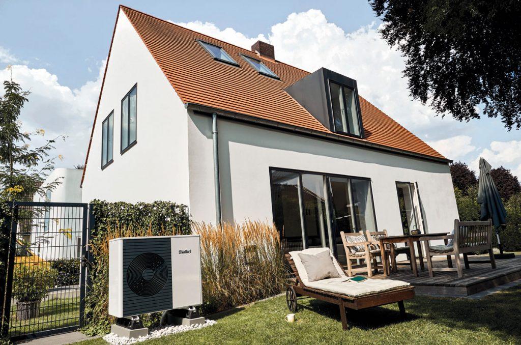 rodinný dom s tepelným čerpadlom aroTHERM