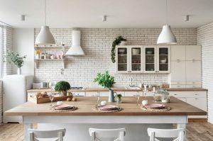 Vyberáme obklady do interiéru. Čo by vás malo zaujímať?
