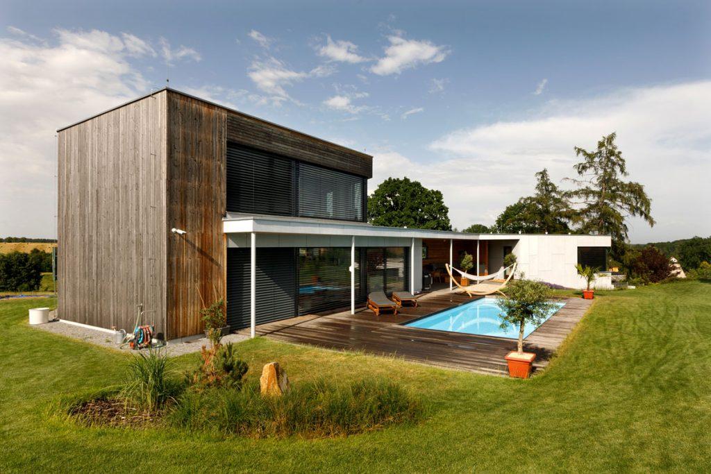 rodinný dom s bazénom